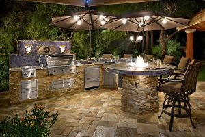 Backyard Kitchen Huntington